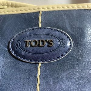 Tod's Bags - pre-loved auth TOD'S blue & cream SATCHEL BUCKET